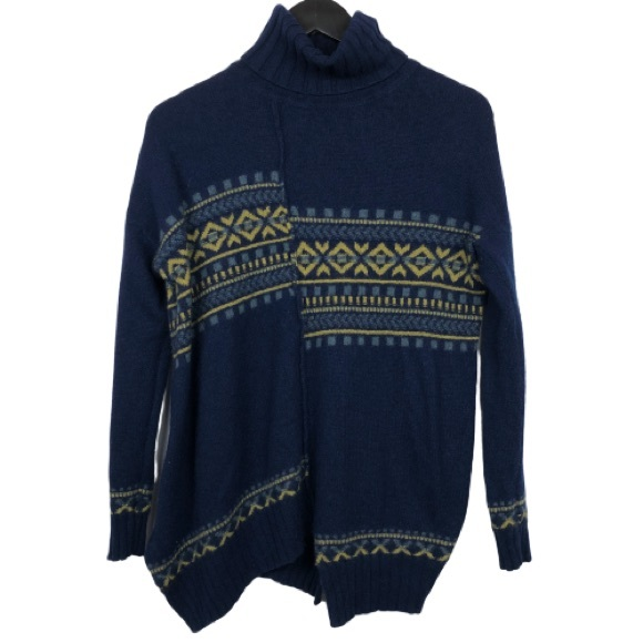 Theory Asymmetrical Hem Turtleneck Wool Sweater